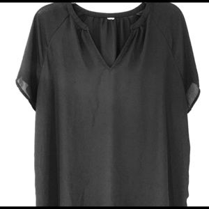 Tops - Short sleeve black blouse.